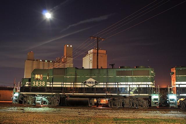 Evansville & Western EVWR 3838 (EMD GP38-2) Mt.Vernon, Indiana