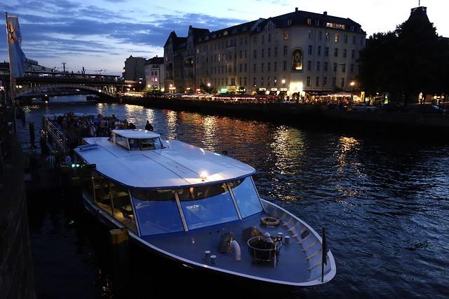 Rondvaartboot / Spree / Berlijn