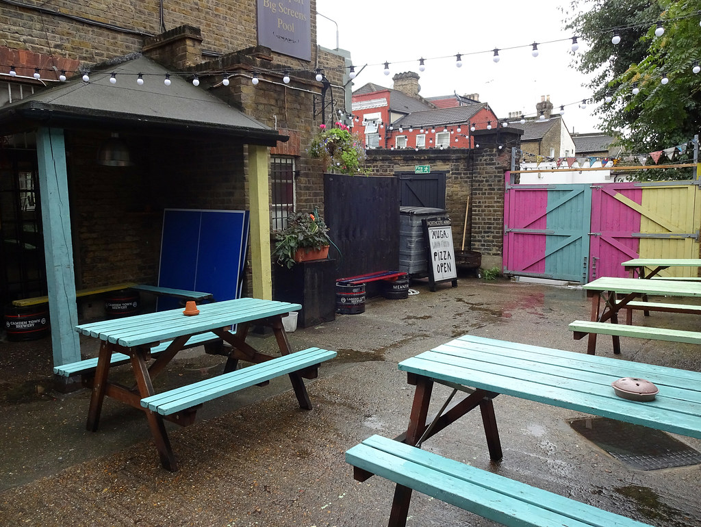 Brilliant Beer Garden At The Northcote Leyton London E11 Kake Flickr Andrewgaddart Wooden Chair Designs For Living Room Andrewgaddartcom