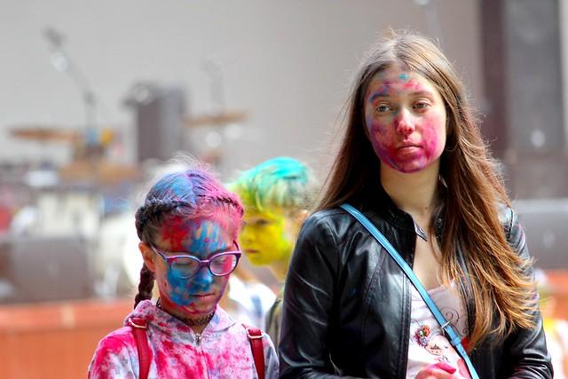 После фестиваля красок