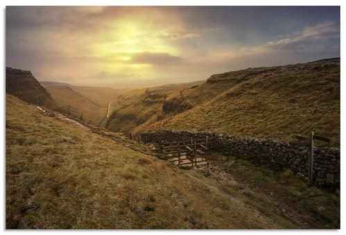 malham watlowes dryvalley yorkshire yorkshiredales d600 sunrise ngc nikonfxshowcase nikkor1635mmf4 pennineway