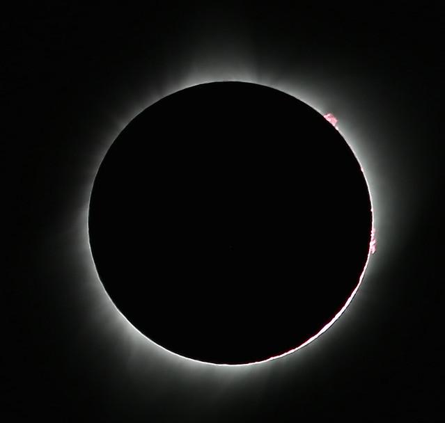 Total Solar Eclipse !