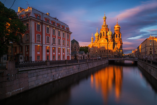 churchonspilledblood churchofthesavioronblood churchofthesavioronspilledblood stpetersburg saintpetersburg russia sunrise longexposure lights light clouds architecture cathedral church reflections canal water санктпетербург россия whitenight whitenights dawn griboedovcanal петер