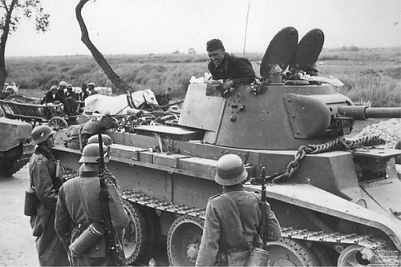 en BT-7 tank