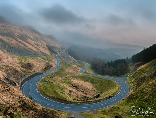 bwlchyclawdd road treorchy a4061 bwlch mountain hills mountains wales uk outdoor sunset