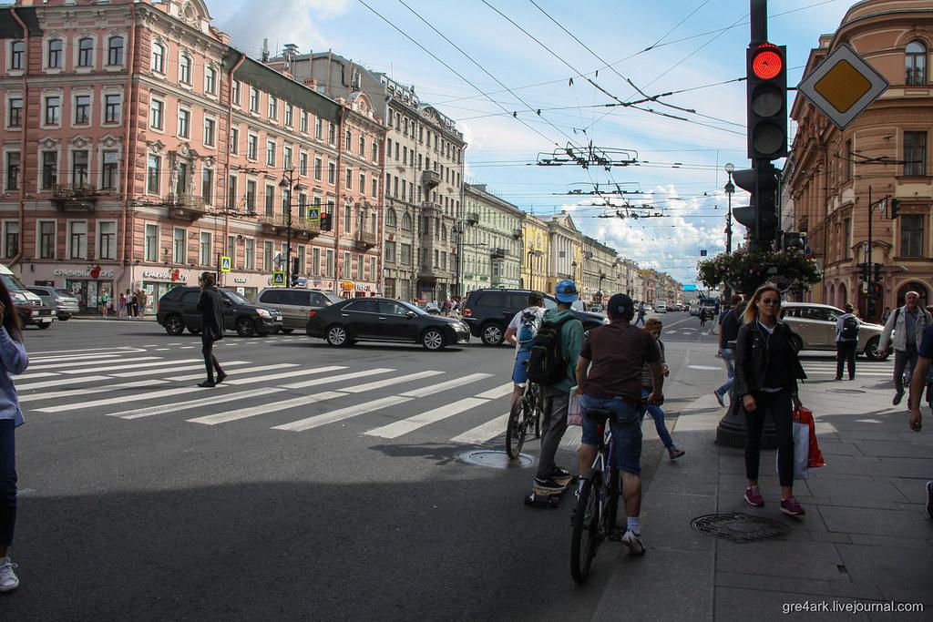 Ограничение скорости не спасёт Невский проспект