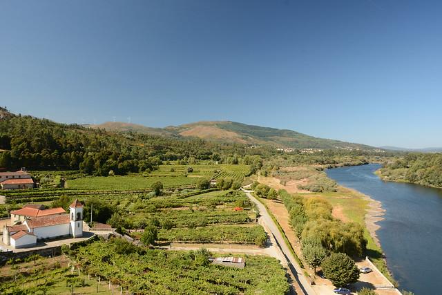 O vale do rio Minho, em Lapela, Monção (Portugal)
