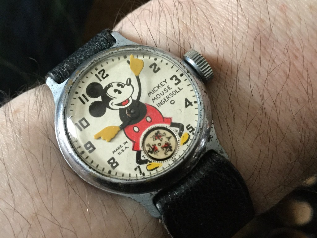 Ingersoll Mickey Mouse, circa 1936/37, small 5 & 7, Made in USA on dial.