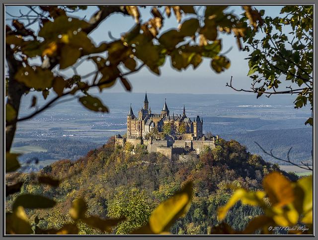 Goldener Oktober an der Burg Hohenzollern