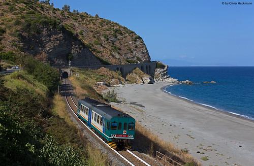 italien trenitalia aln663 aln6631164 r22487 africo nuovo reggio di calabria ionisches meer
