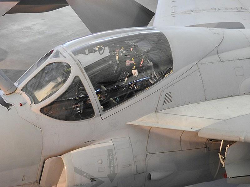 Grumman A-6E Intruder 4