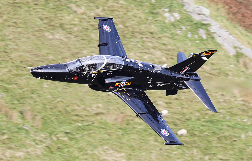 BAe Hawk T2 ZK010 A 4 Sqn 009-1