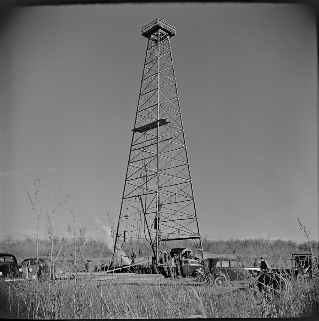 SMDR Photographic Negatives Collection, [1930s][Oil Wells … | Flickr