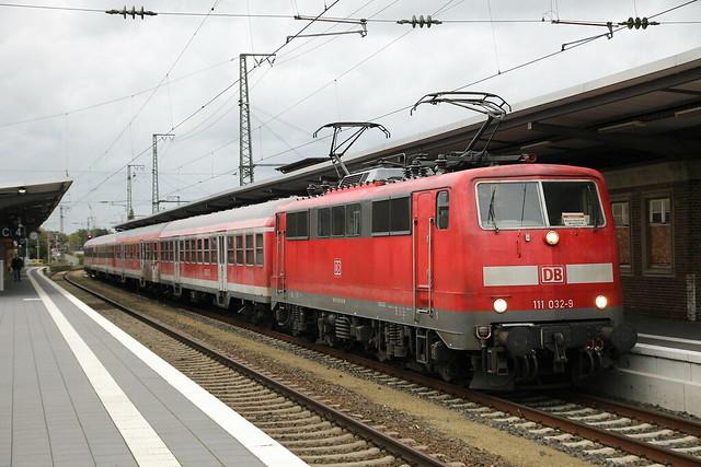 DB 111 032-9 - Rheine  Hbf - 4/010/2017.
