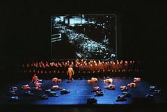 Schlußszene  (Leipziger Ballett und Chor der Oper Leipzig)