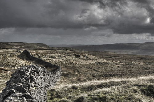 landscape landschaft sky clouds moor grass drama dramatic yorkshire dales yorkshiredales drystonewall wall drystone nationalpark yorkshiredalesnationalpark outdoors scenic beauty wild wilderness england uk unitedkingdom greatbritain britain canon eos canon5d natur nature stones stone highland hills hdr horseheadmoor view