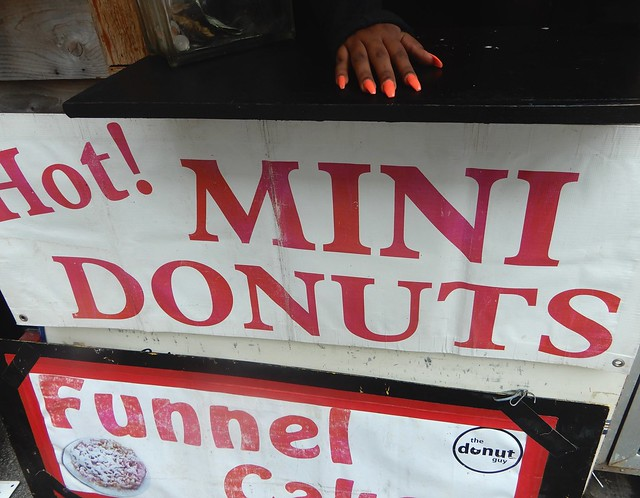 Hot! Mini Donuts