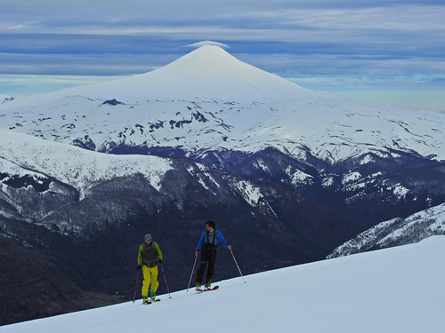 andes chile chilecentral regióndelaaraucanía volcánvillarrica parquenacionalvillarrica parquenacional ski skitour randonné esquí volcánquetropillán