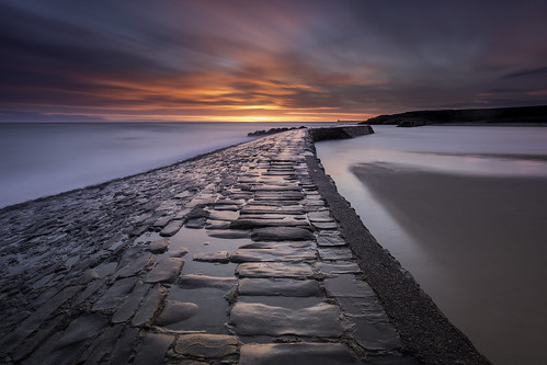 cullercoats pier northeast northumberland northsea cobbles serene sunrise leefilters lee littlestopper clouds sand beachesandlandscapes water waterscape landscape canon canon6d canondslr