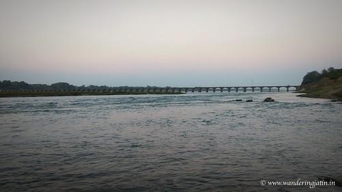 Narmada River | by wanderingjatin