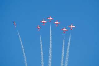 Snowbirds 7-wide and climbing DSC_0719 | by wbaiv