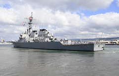 USS O'Kane (DDG 77) departs Joint Base Pearl Harbor-Hickam, Nov. 3. (U.S. Navy/MC2 Gabrielle Joyner)