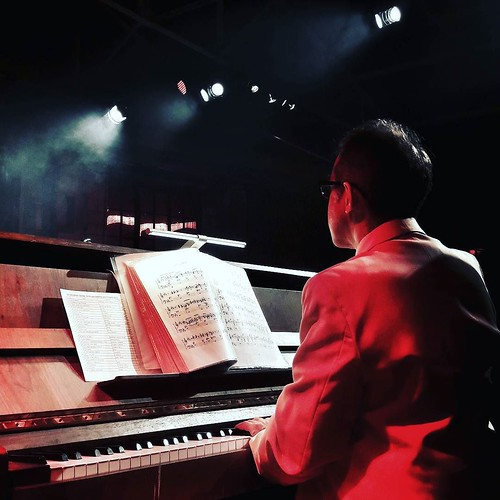 Swing on piano #piano #swing #music #swingnmilan #fun #play #life #milAmo #milano #igersitalia #igersmilano #igers #saturdaynight #retro #fourties | by Mario De Carli
