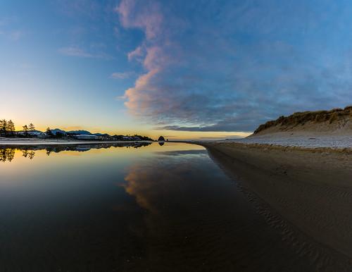 cannonbeach oregon morning dawn winter sunrise water reflection ocean sand ecolacreek beach stream creek