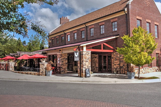 Urban Farmhouse Restaurant-Midlothian Virginia 04387