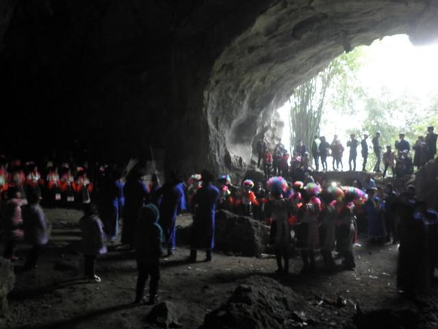 Guizhou China cave  贵阳跳圆洞
