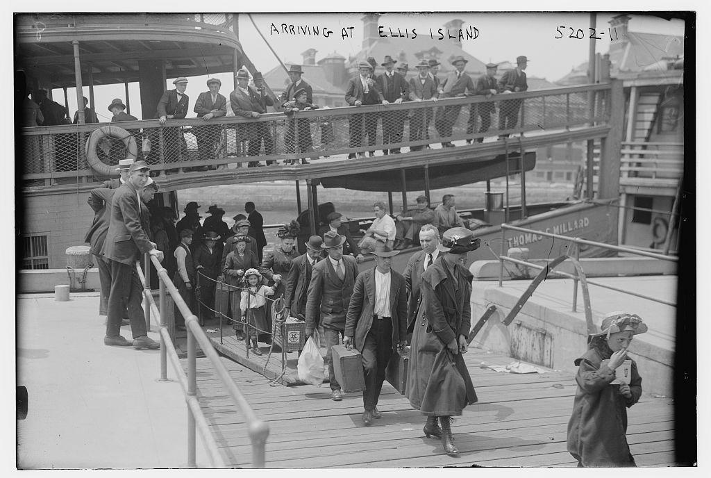 Arriving at Ellis Island (LOC)