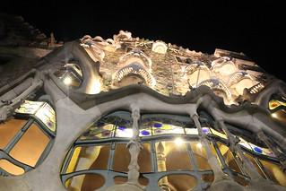 casa batllo by night barcelona | by blondgarden