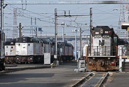 njtransit njt kearnynj mmc mmcfamilyday shop emd gp40ph2b f40ph train railfan railroad