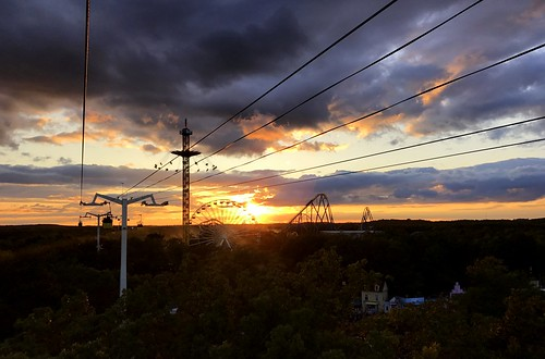 six flags great adventure sunset sky clouds jackson nj new jersey