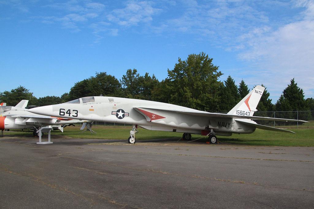North American RA-5C Vigilante USN-NATC 156643/643