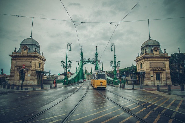 A rainy day in Liberty bridge