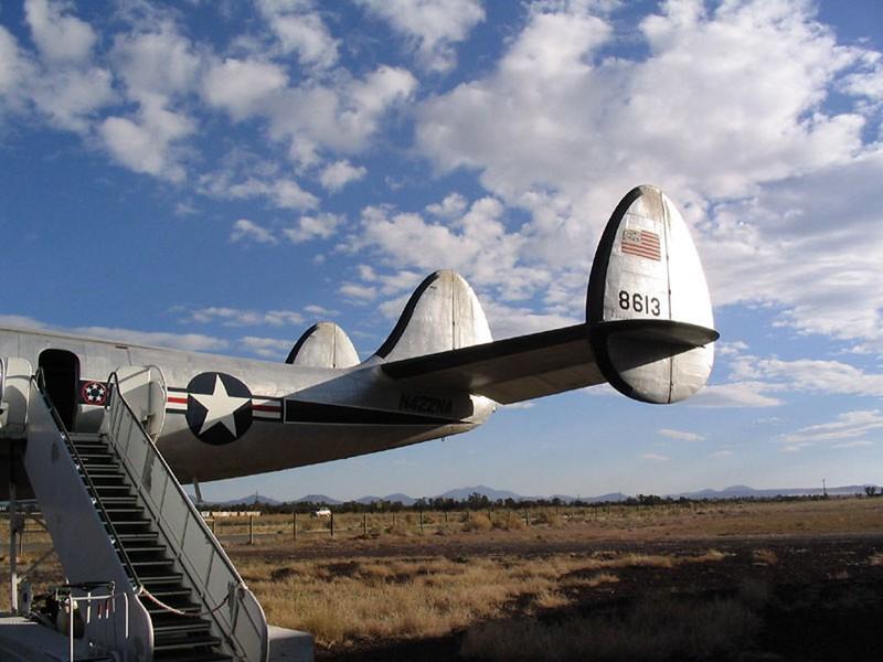 Lockheed VC-121 Bataan 2