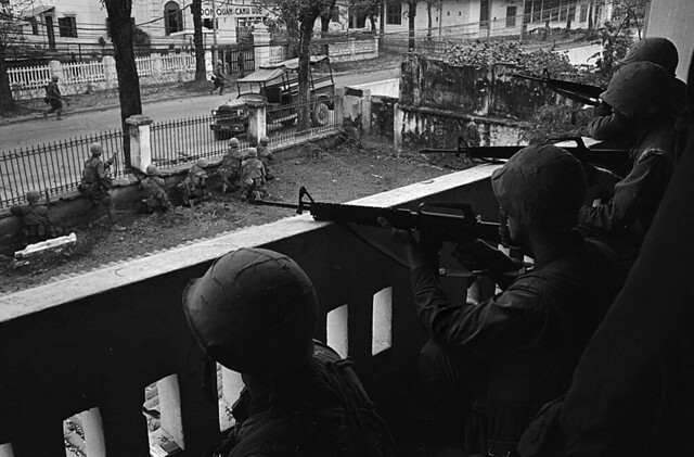 HUE 1968 - US Soldiers in Position on Balcony