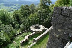 Ruine Farnsburg- Bettlerturm mit Kornhaus und Wachthaus
