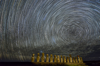 2017 Easter Island Star Trails (1)