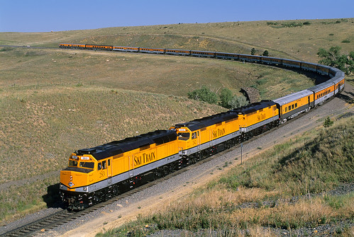 riograndeskitrain passengertrain skitrain emd f40ph rocky colorado upmoffattunnelsub co sktx283 283