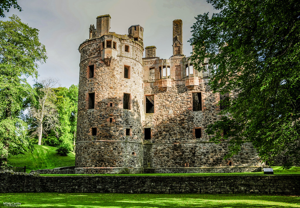 Huntly Castle-8061