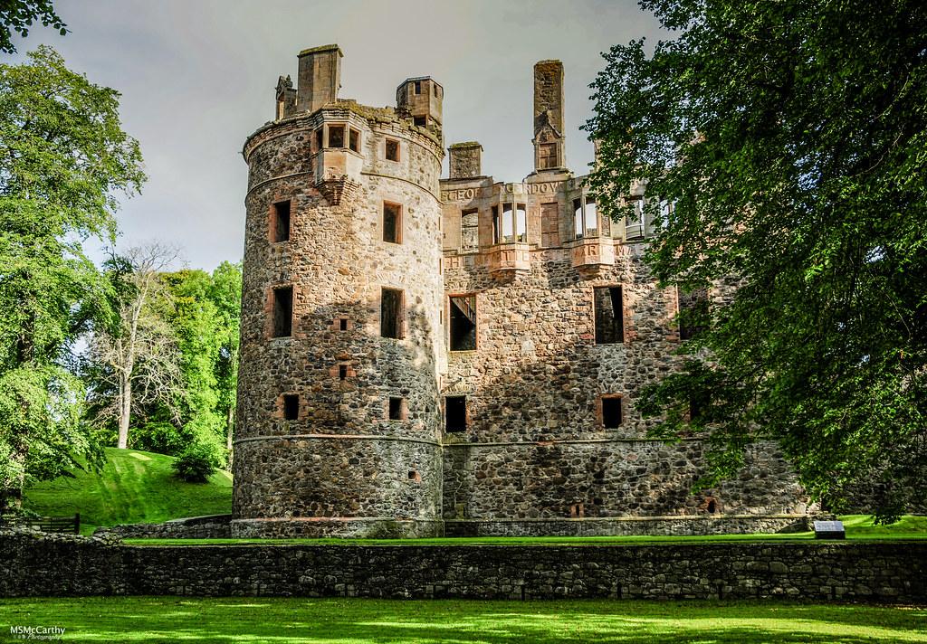 Huntly Castle-8061