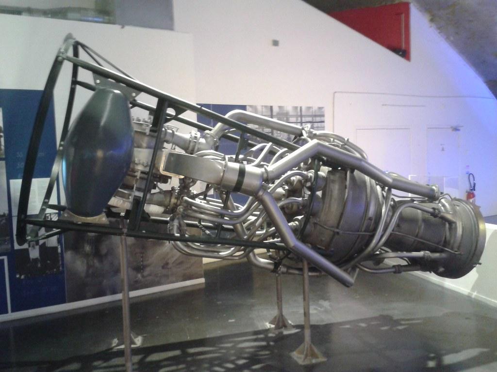 V2 Rocket Engine