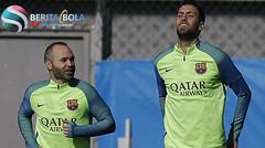 Iniesta bersiap menghadapi Atletico setelah mengatasi cedera