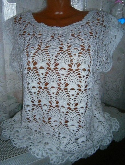 I found this model in a delicate crochet blouse, comes step by step this pattern is very cool 🙋❣❣
