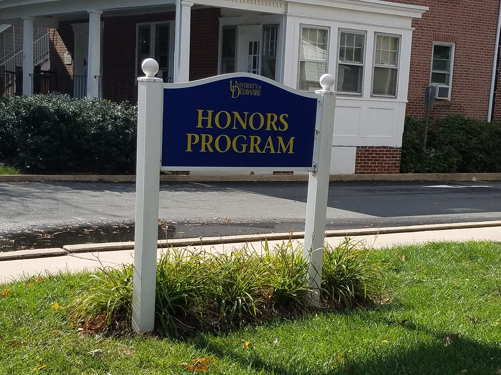 Honors mailing list hacked, offensive memes in email chain reported to dean of students