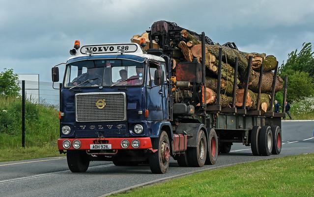 ADH921L Volvo F88 Timber lorry