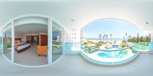 Balcón de la Habitación Superior King Vista al Mar — Hotel Dann (Cartagena, Colombia)   by Hoteles Dann