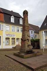 DSC08450 - BLIESKASTEL   Schlangenbrunnen
